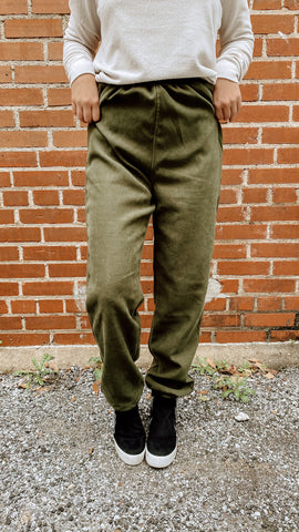 About the Chase Joggers: Olive