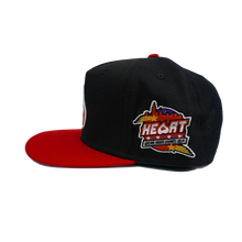 Load image into Gallery viewer, Heart Snapback