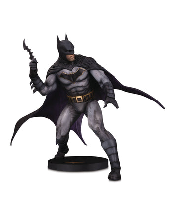 DC Designer Series 10 Inch Statue Figure - Batman By Olivier Coipel