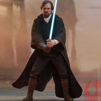 Star Wars - The Last Jedi 12 Inch Action Figure Movie Masterpiece 1/6 Scale - Luke Skywalker Crait Hot Toys 903743