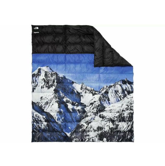 Supreme x The North Face Mountain Nuptse Blanket BRAND NEW TNF