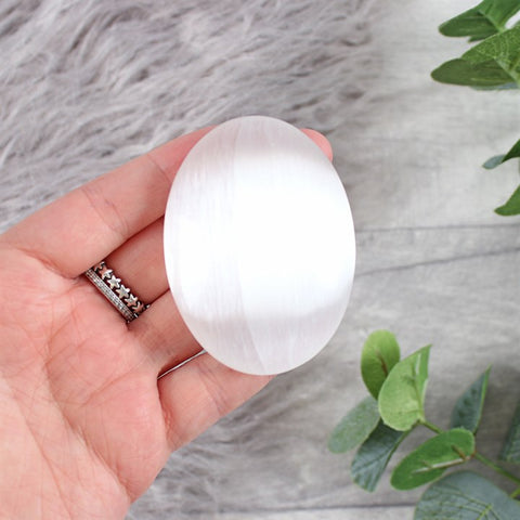 Selenite Palm Stone - Hello Chestnut