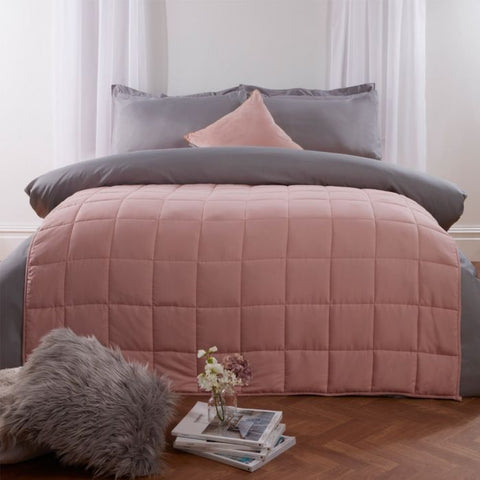Pink Weighted Gravity Blanket - Hello Chestnut