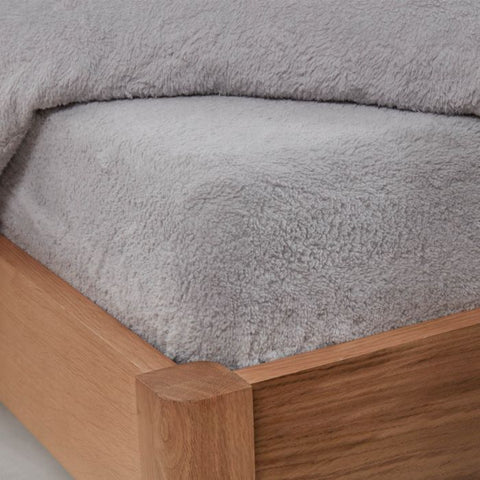 Teddy Fleece Fitted Bed Sheets - Hello Chestnut