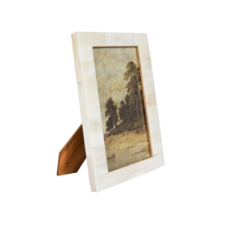 RESIN PICTURE FRAME - Bungalow 56