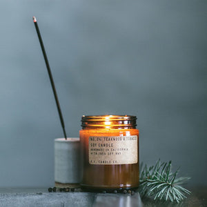 TEAKWOOD + TOBACCO SOY CANDLE - Bungalow 56