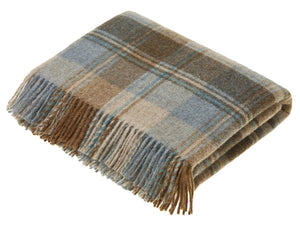 Snowshill Check Pure New Wool Throw - Eau De Nil