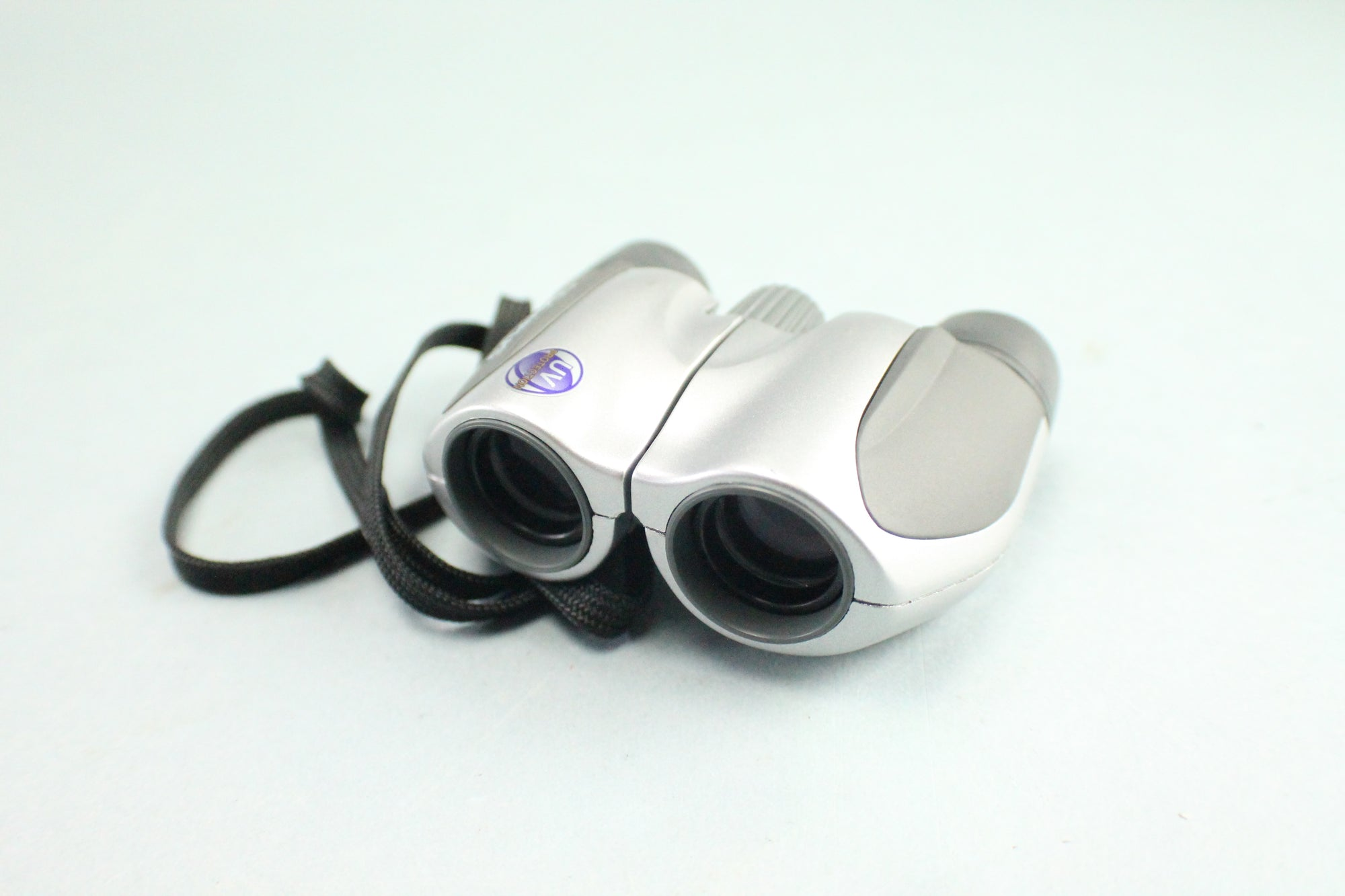 Olympus Compact Binoculars 8x21 DPC I Field 6.4 with Case