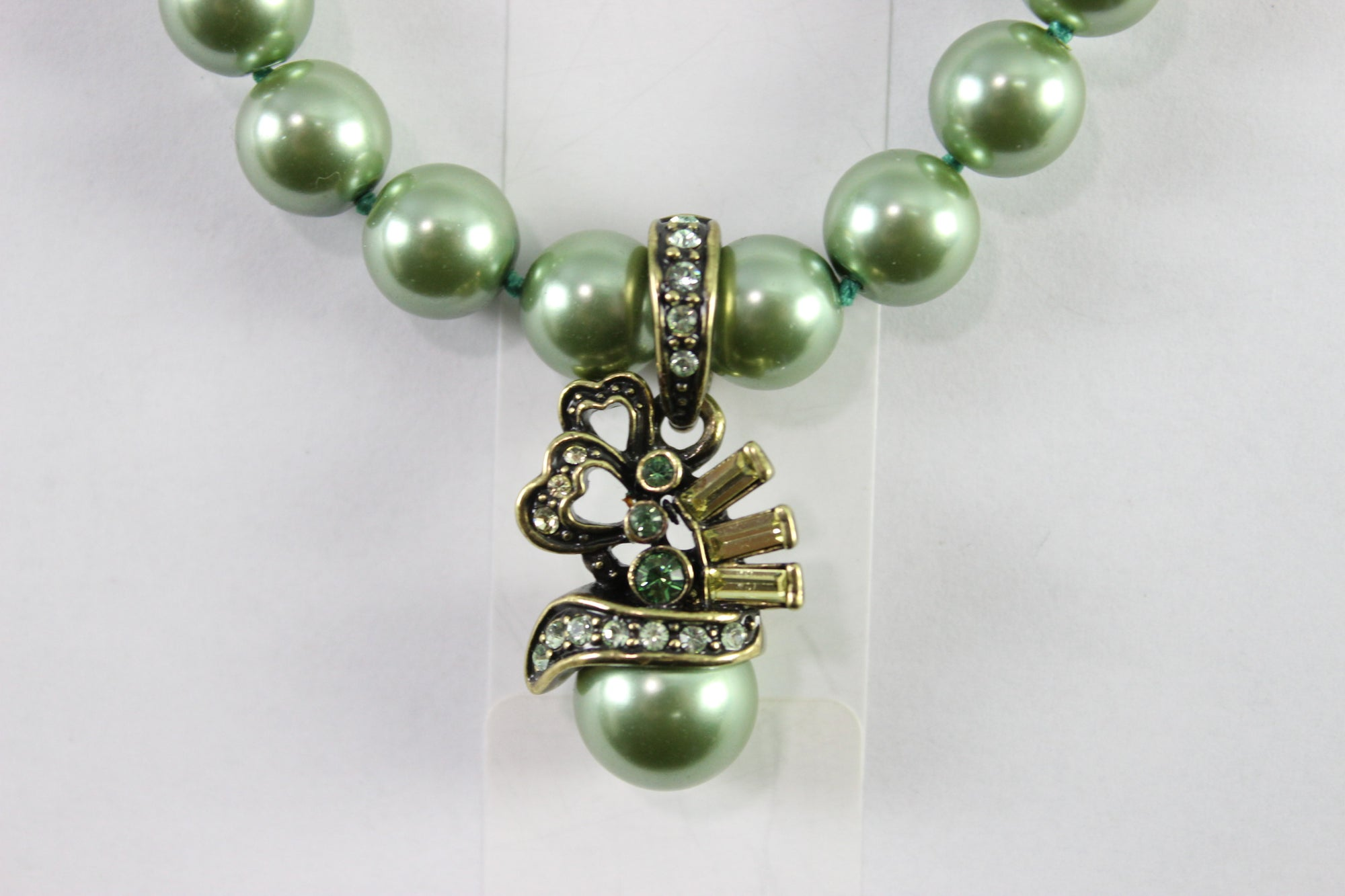 "NEW Heidi Daus ""Green Royalty"" Pistachio Green Faux Pearls Fashion Necklace 20''"