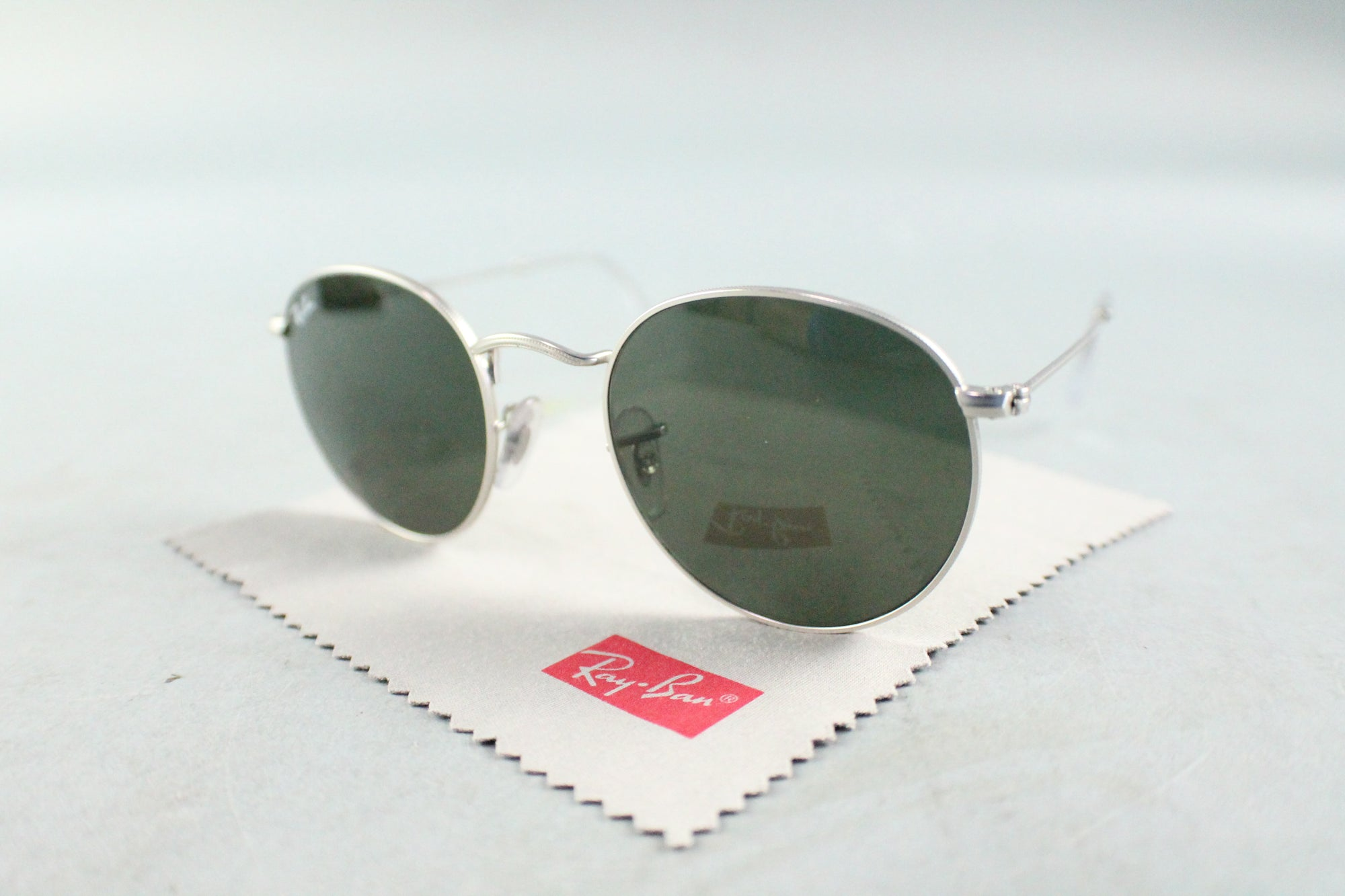 Ray Ban RB 3447 Round Metal Sunglasses 145 Gray Frame