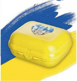 "Tupperware Man UK - Large Oyster ""I love Ukraine"""