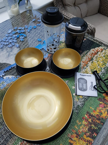 Black and gold anniversary set: Allegra bowls (3), Smooth Chopper, EZ Shaker *40% OFF*