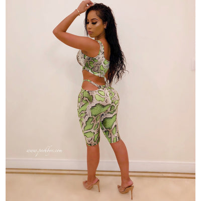 Snake cut-out shorts set (Grey/green)