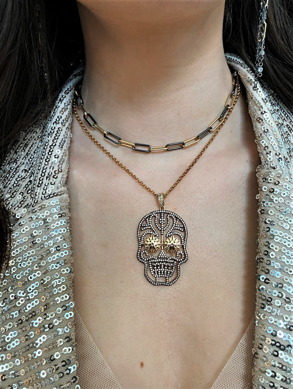 Daisy Eyes Champagne Skull  Necklace