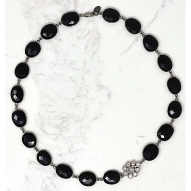 Short Black Onyx Flower Necklace