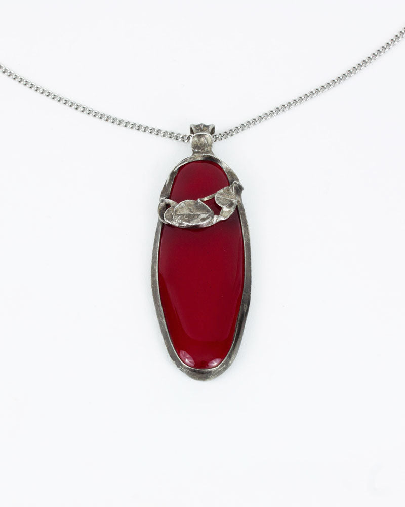 Pendentif / Collection arabesque / Rouge cerise transparent