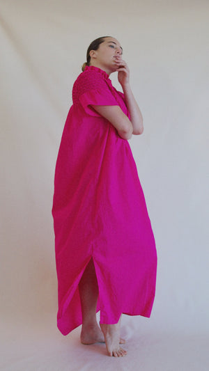 Isabel, <i>Electric pink</i>