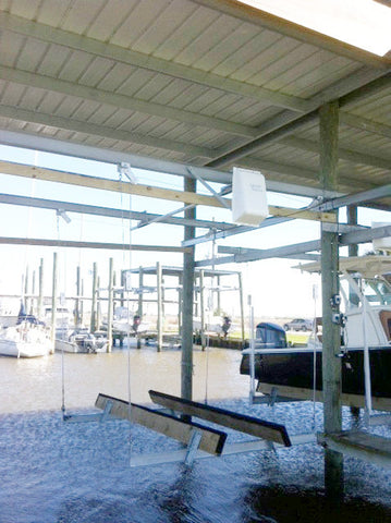 Lunmar Boat Lifts 4/' Dock Bracket
