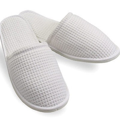 Closed-Toe Waffle Slippers (100)