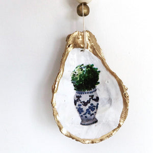 The Statement Oyster ™ Ornament