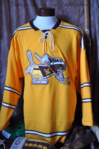 2013-2015 Minnesota Gophers Womens Hockey Alternate Jersey