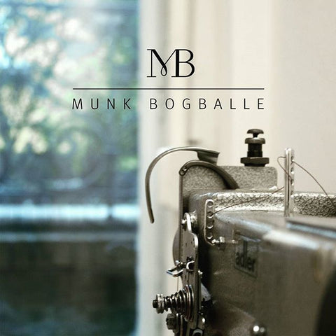Munk Bogballe - sewing machine and logo
