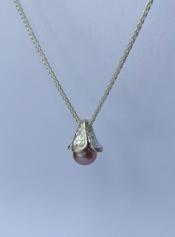 Holiday Pearl Pendant