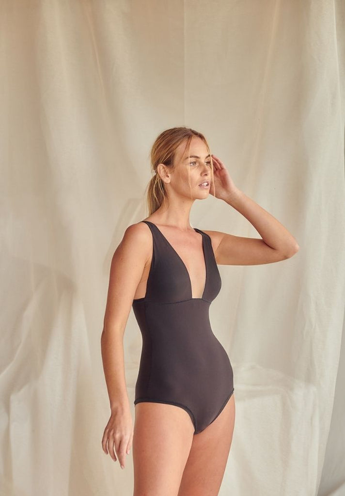 One size BodySuit Essentials