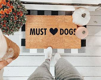Must ❤ Dogs