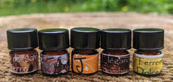 Set of five Earthy 1ml samples from Kyse perfume: Terreno Dolce  Bois de Santal et Terre  Ame Sauvage  Elegance Sombre