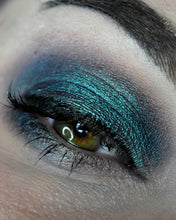 Load image into Gallery viewer, Femme Fatale loose eyeshadow in Spectral Fragments