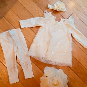 Mae Li Rose-Cream Pants Set