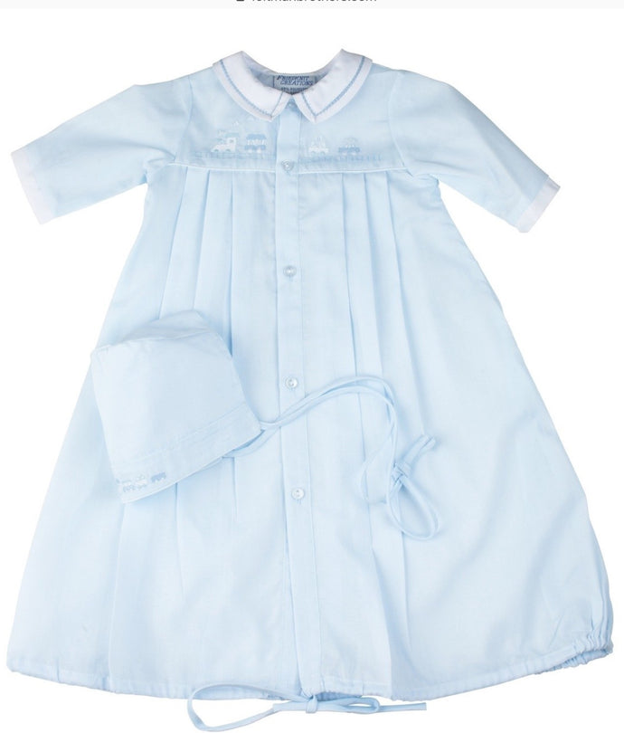 Feltman-Train Pleated Take Me Home Gown w/Hat-Preemie