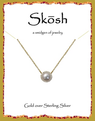 Skosh Halo Gold Pearl Necklace