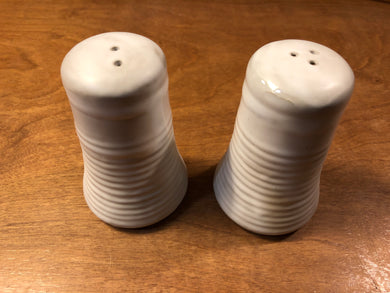 Simply White-Salt & Pepper Set