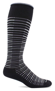 Sockwell SW99W Featherweight Flair Black 900 | Women's Moderate Graduated Compression 15-20mmHg Socks - Boutique du Cordonnier