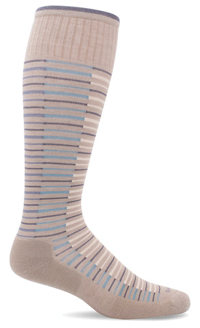 Sockwell SW99W Featherweight Flair Khaki 030 | Women's Moderate Graduated Compression 15-20mmHg Socks - Boutique du Cordonnier