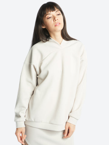 Curve Shoulder Sweater
