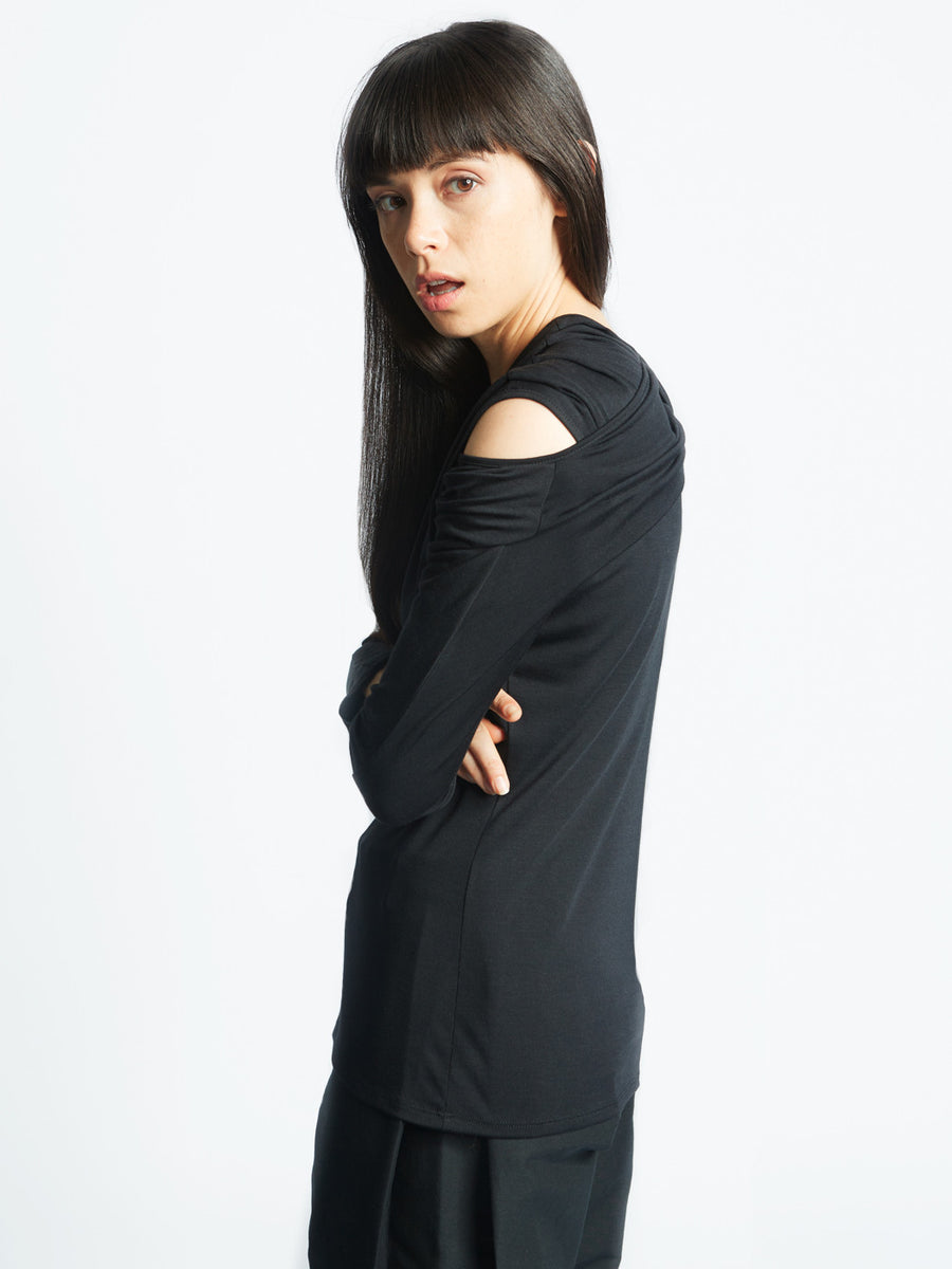 interlock top in black jersey