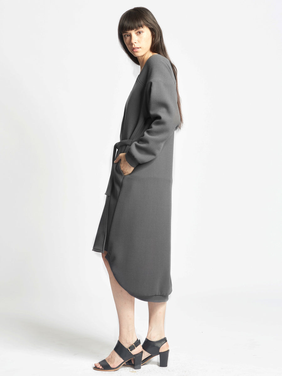 Curve Shoulder Sweater Coat
