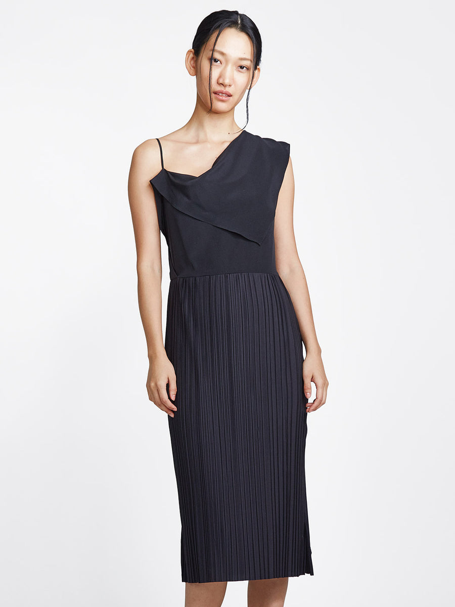 Front Drape Pleat Dress