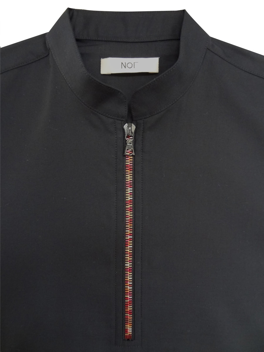 Short sleeve men polo shirt with red zipper
