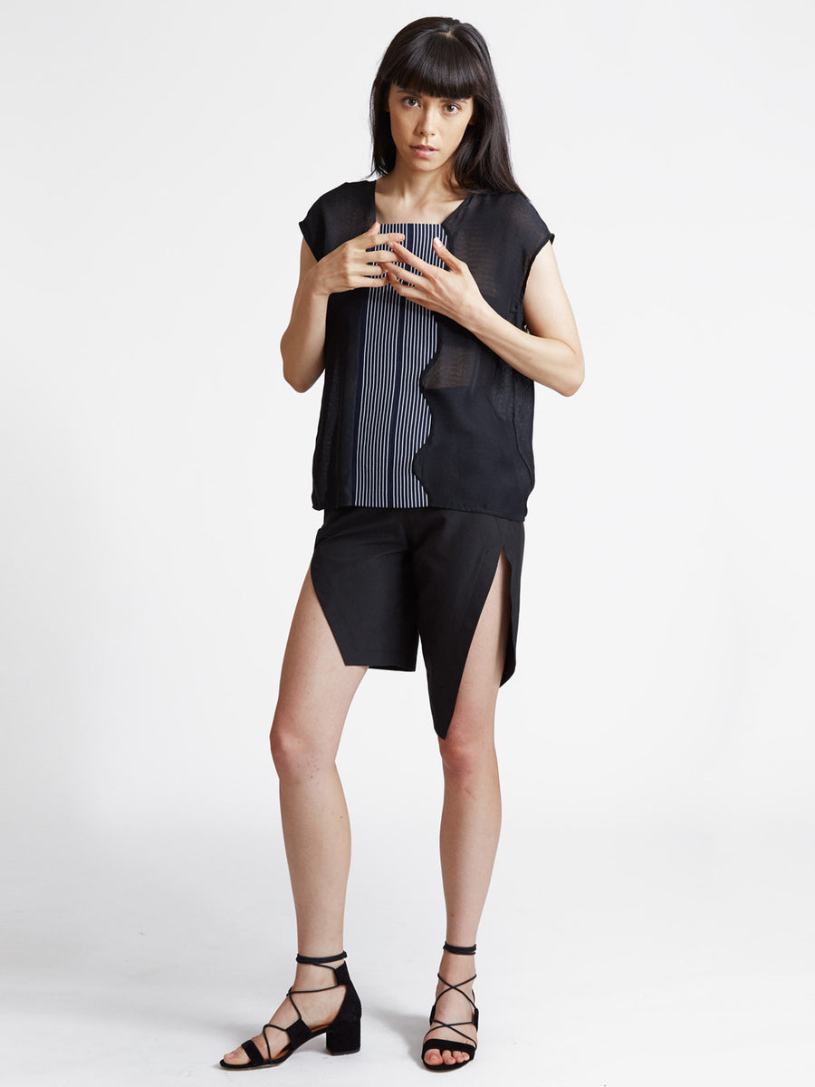 asymmetric slit shorts in black cotton