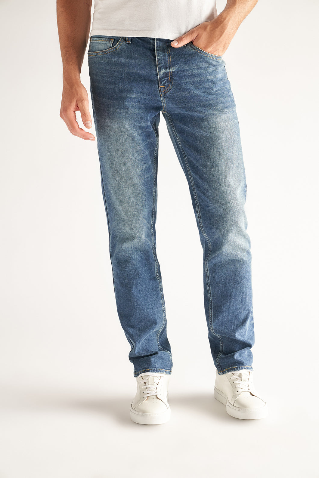 Slim-Straight Fit - Ash Wash (DD3001)