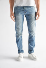 Load image into Gallery viewer, Athletic Fit Men's Jean - Gates Wash