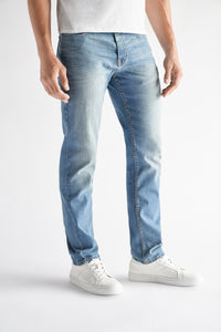 Athletic Fit Men's Jean - Gates Wash