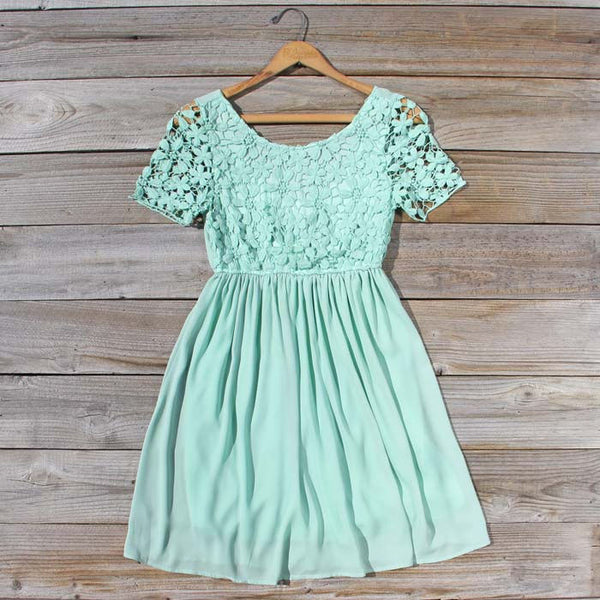 Sea Lily Dress: Featured Product Image