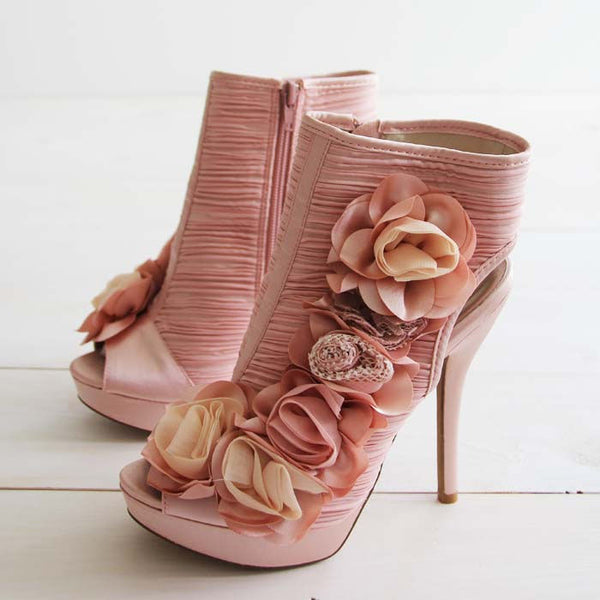 Down the Isle Heels: Featured Product Image