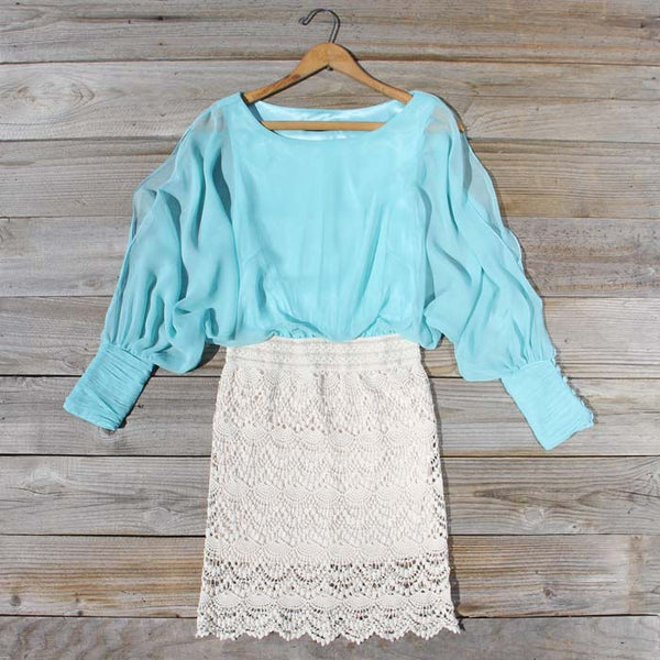 Lace and Quartz Dress in Mint: Featured Product Image