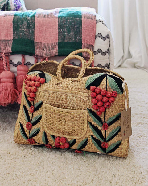 Vintage 70's Woven Tote: Featured Product Image